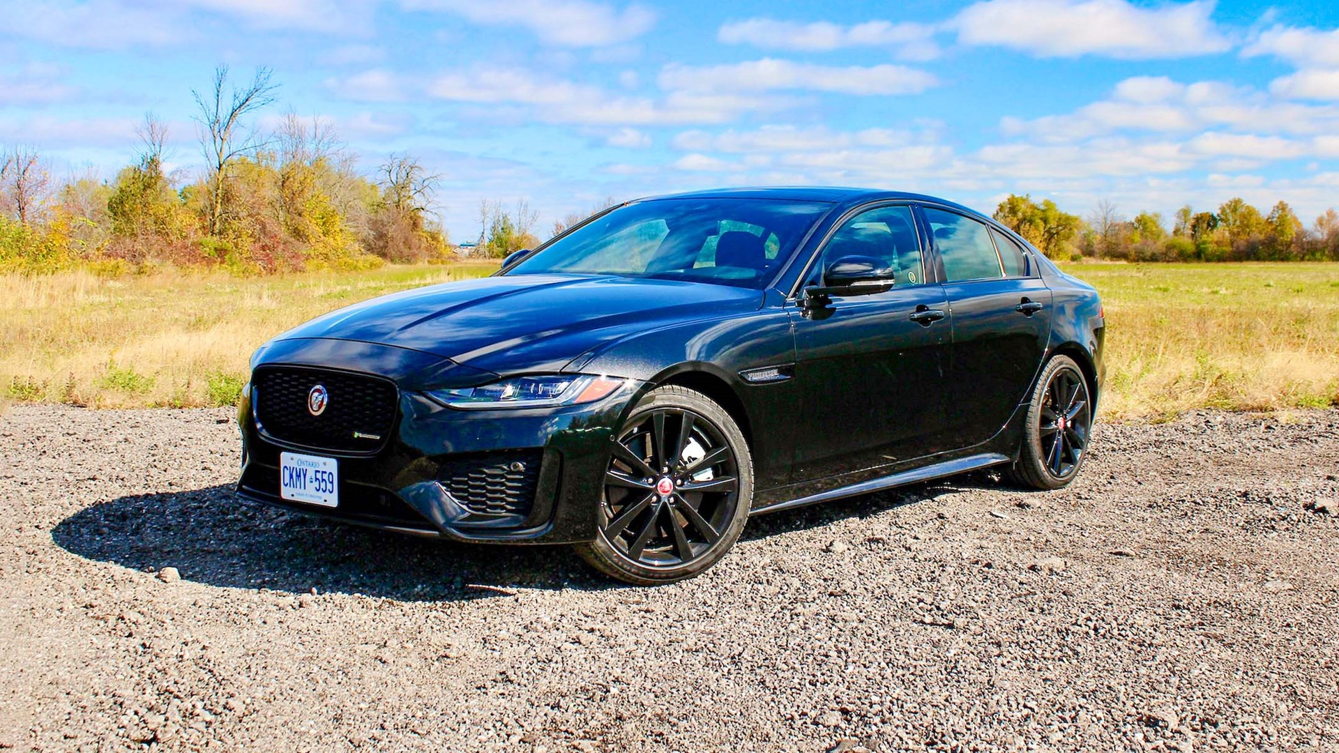 2020 Jaguar XE P300 R-Dynamic Review | Expert Reviews | autotrader.ca