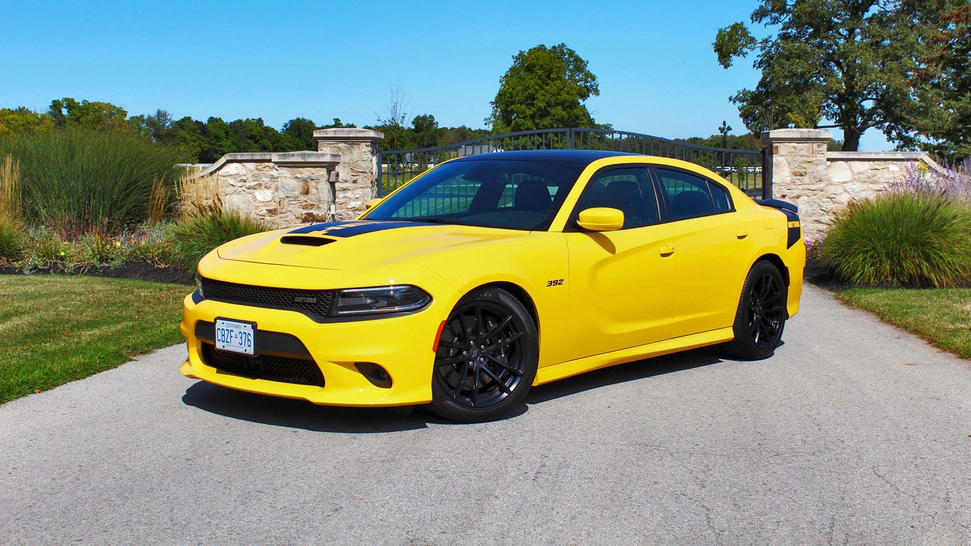 dodge charger scat pack yellow 2 Dodge Charger Daytona Scat Pack 2 test drive review