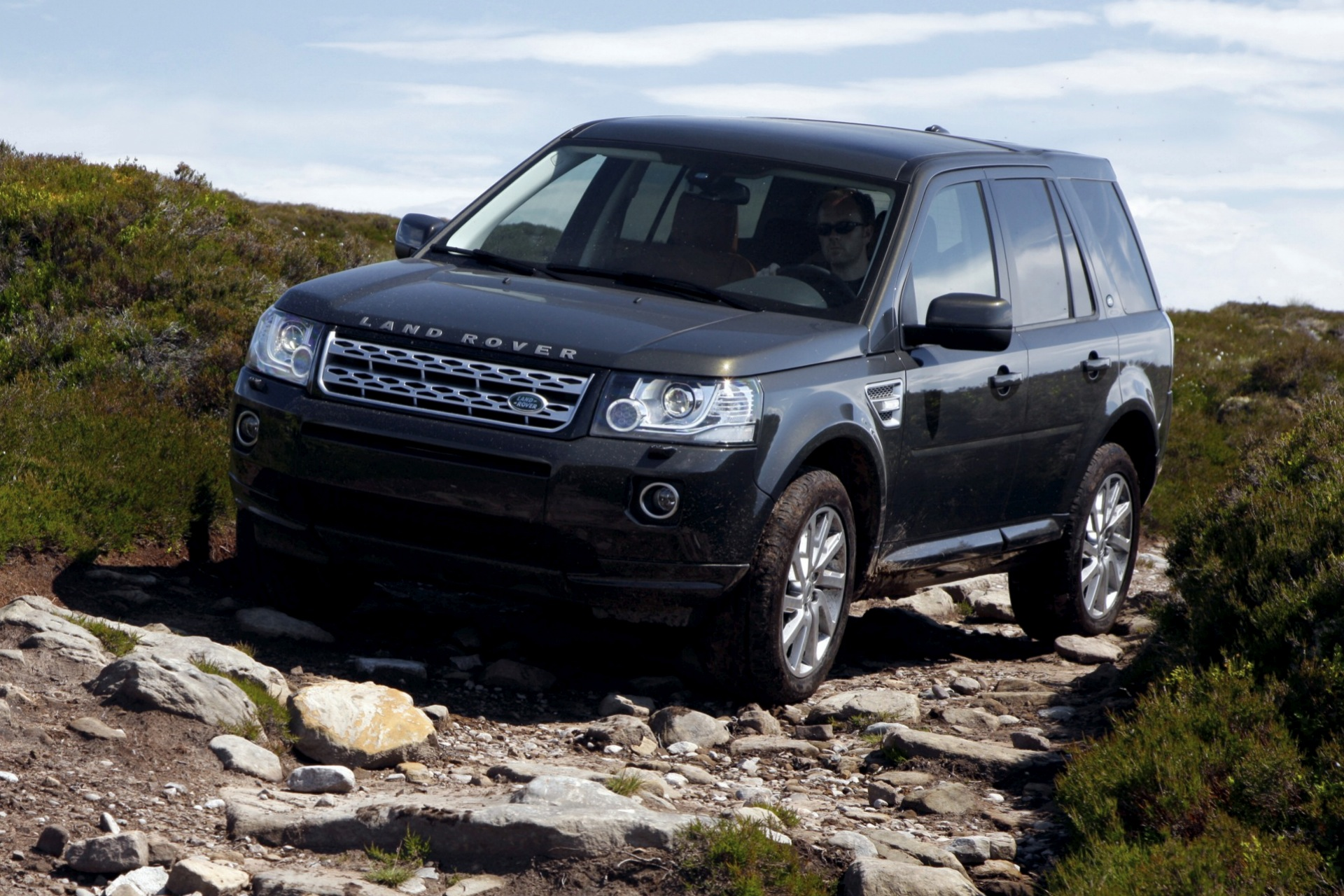 discovery landrover land new wheels rover shows off news lease ca