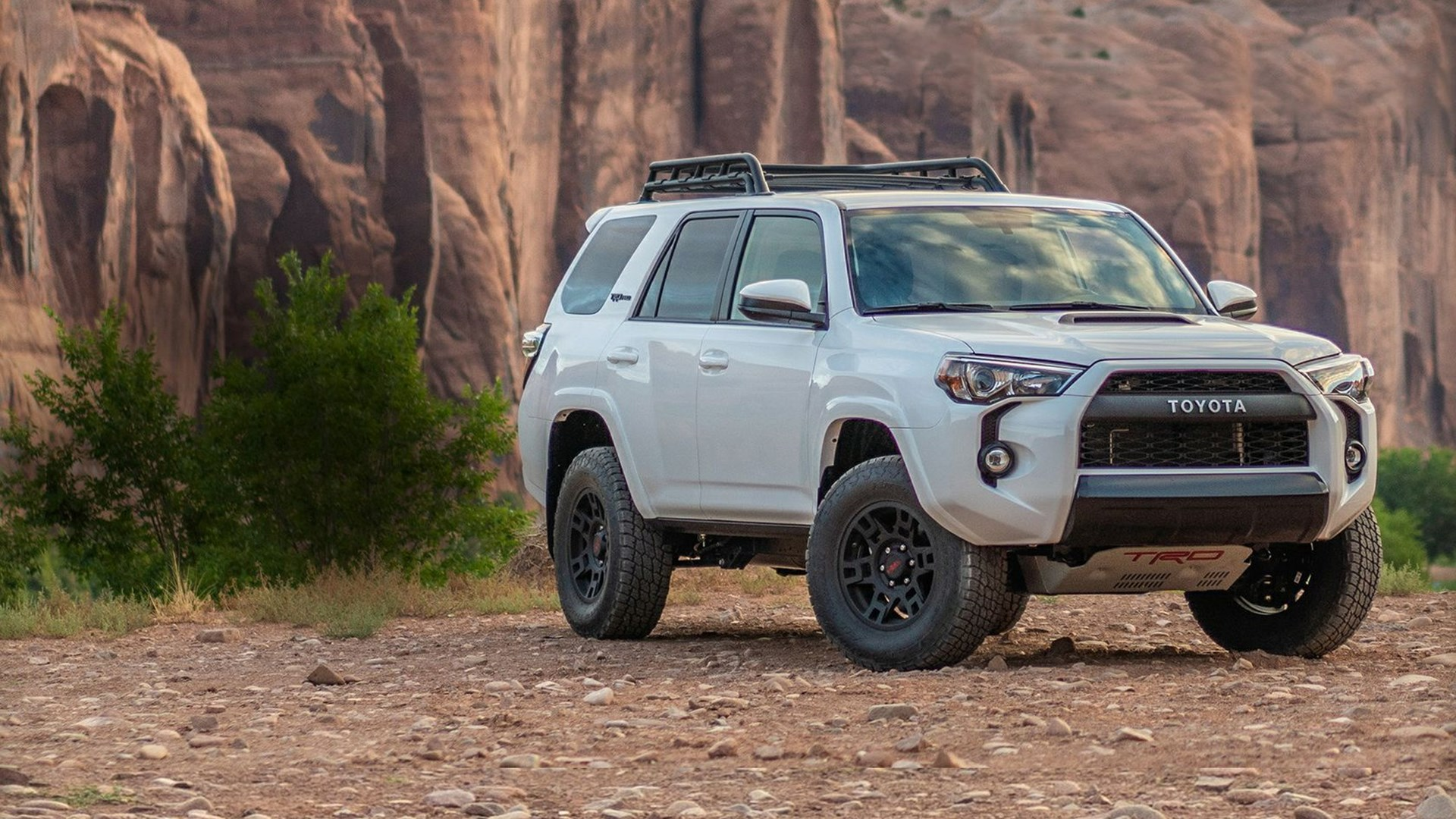 Toyota 4runner Gets Slight Price Hike For 2019 Autotrader Ca