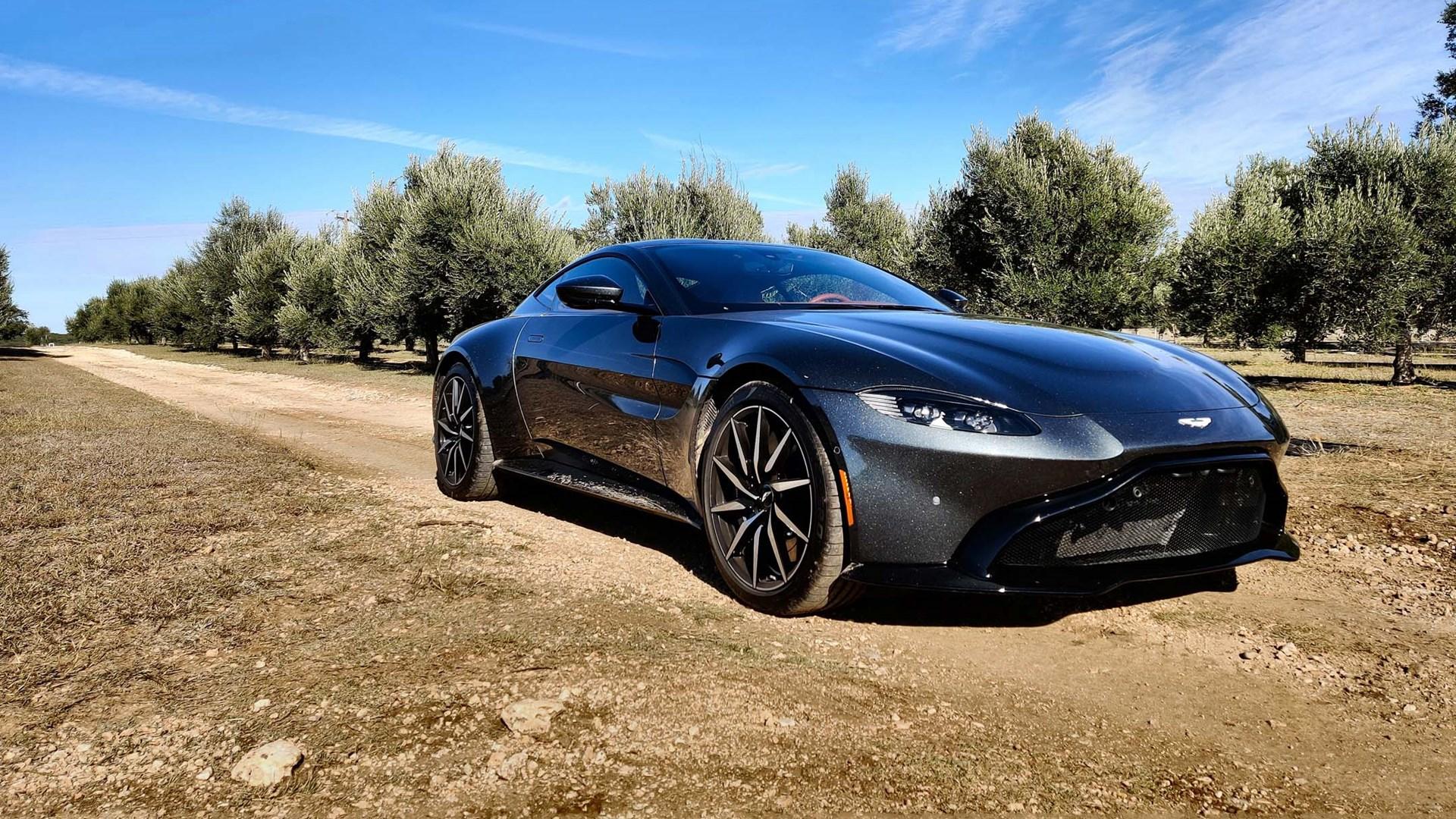 2020 Aston Martin Vantage Review Expert Reviews Autotrader Ca