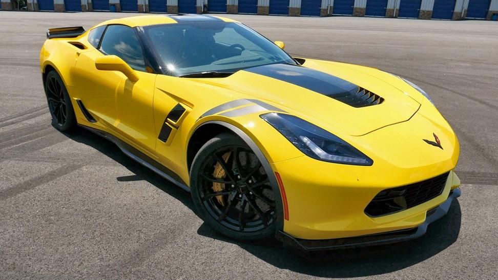 2017 chevrolet corvette grand sport first drive review. Black Bedroom Furniture Sets. Home Design Ideas