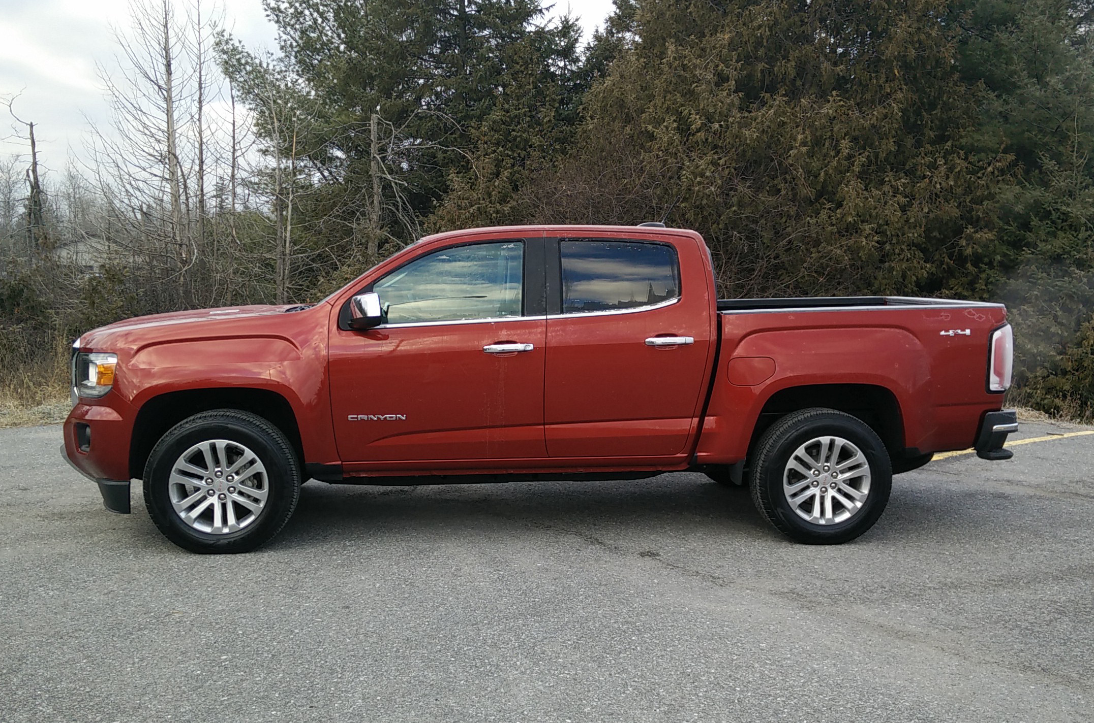 day by day review 2016 gmc canyon diesel expert reviews. Black Bedroom Furniture Sets. Home Design Ideas