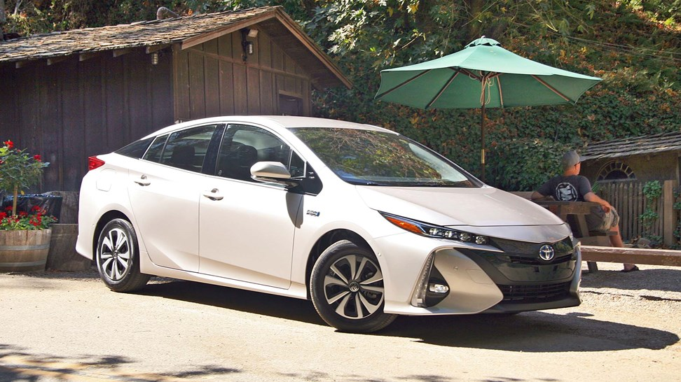 Unique 2017 Toyota Prius Prime First Drive Review