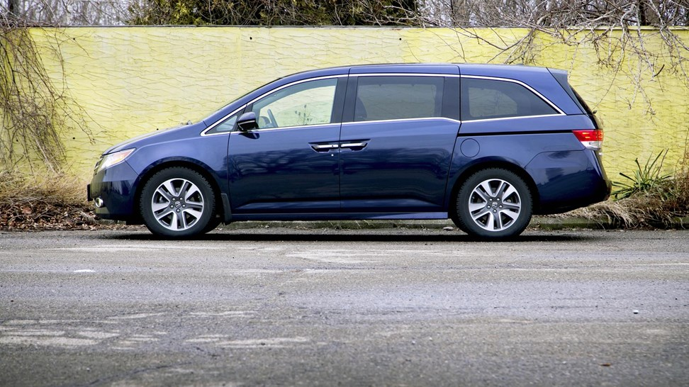 2011 2016 honda odyssey used vehicle review for Honda odyssey height