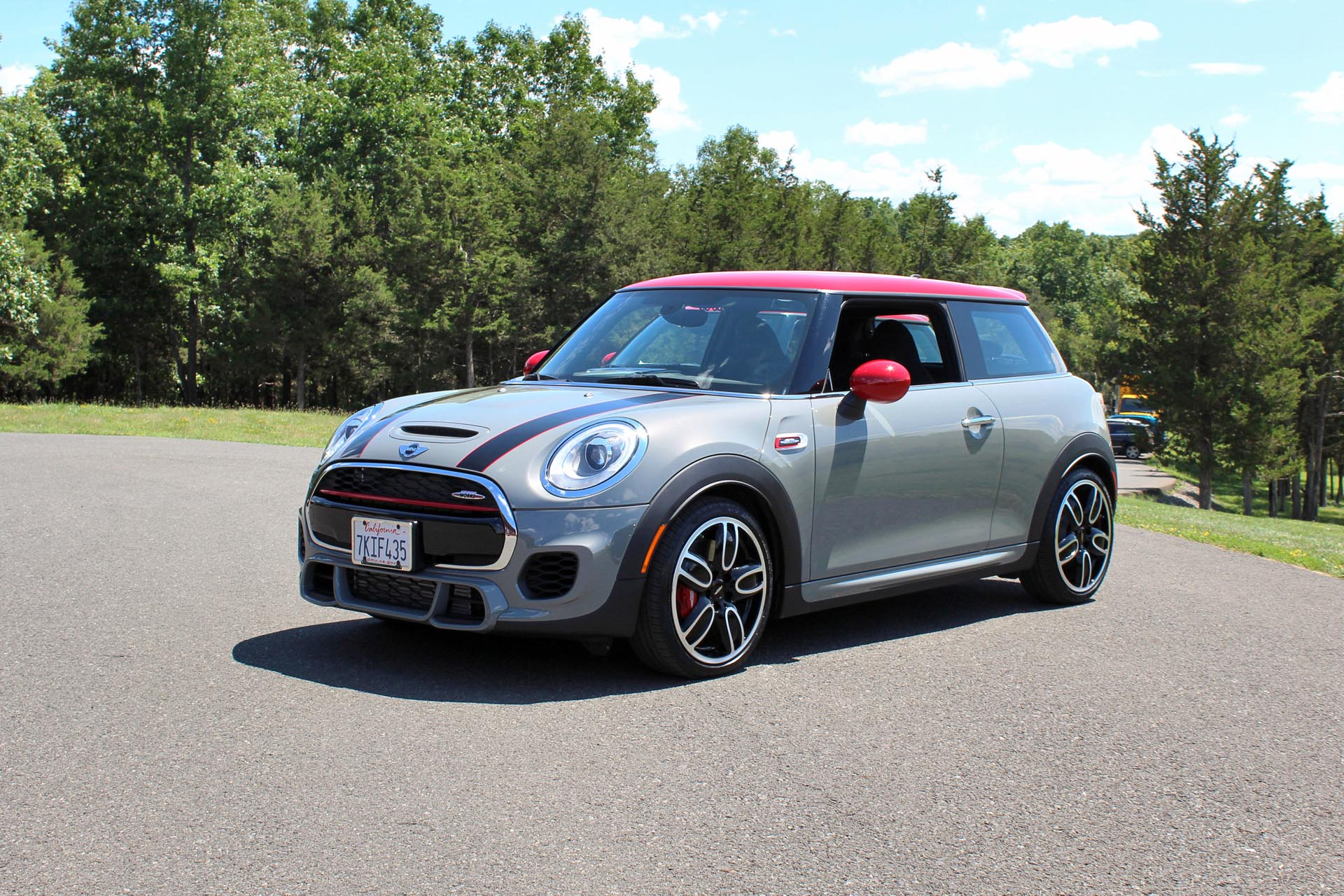 2016 mini john cooper works test drive review. Black Bedroom Furniture Sets. Home Design Ideas