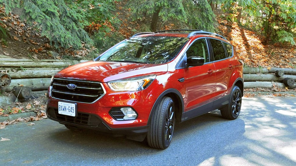 2017 ford escape se test drive review. Black Bedroom Furniture Sets. Home Design Ideas